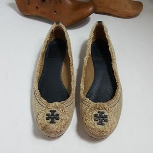 Tory Burch Malia burlap leather ballet flats logo
